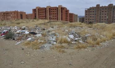 Izquierda Unida presentará una moción pidiendo la limpieza de los vertederos ilegales en dos meses.