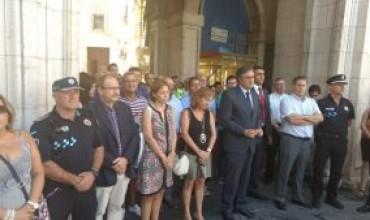 IU participar en la concentración en solidaridad con el pueblo de Barcelona.