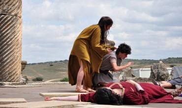 Ante el inminente inicio de la XXXV Edición del Festival Grecolatino de Segóbriga, IU Cuenca solicita una solución definitiva para el entarimado donde se desarrollan las representaciones.