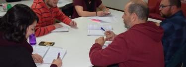 El candidato de Izquierda Unida, Pablo García Rubio,  recibe las propuestas de Ecologistas en Acción para las elecciones locales