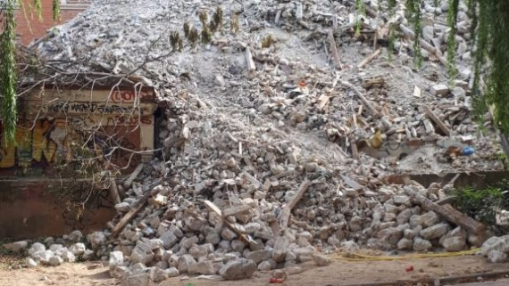¿Qué ocurre en el Sanatorio San Julián? Escombros sin vertedero