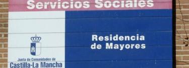 IU preocupada por los datos de fallecidos en las residencias de mayores ofrecidos por Sanidad C-LM