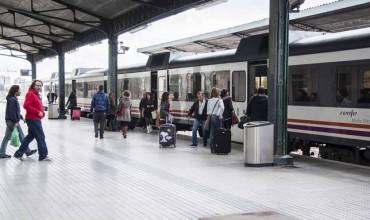 IU pregunta al gobierno cuándo va a recuperar el tramo Cuenca-Utiel de ferrocarril y qué alternativas piensa dar mientras tanto.