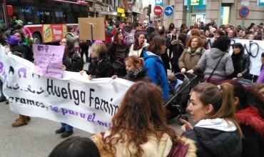 Rotundísimo éxito la manifestación de la#HuelgaFeminista8Men Cuenca.